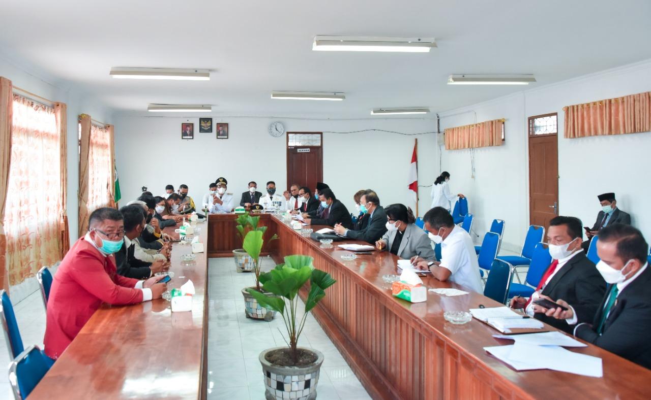 Forkopimda Rakor Bersama Masyarakat Sikapi Kondisi Terkini Covid-19 di Humbahas