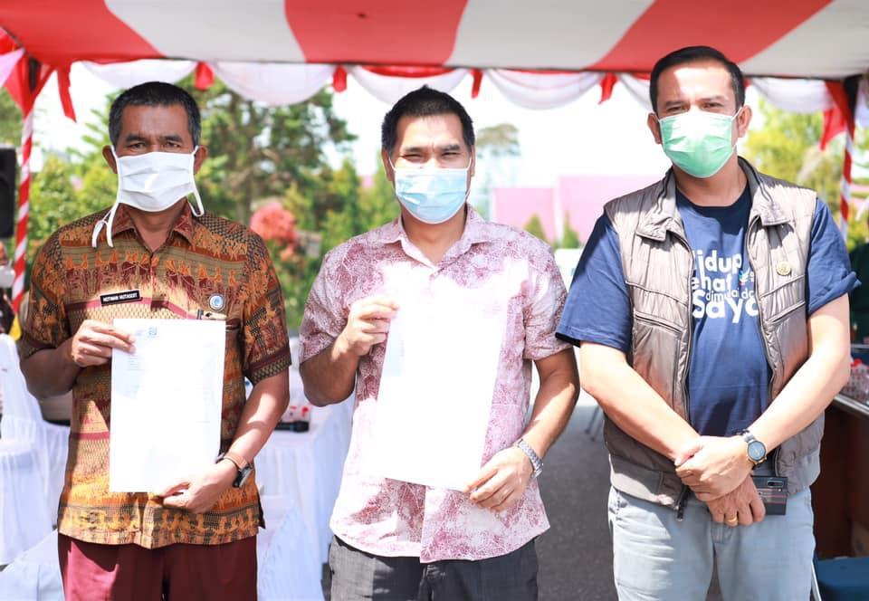 Pemerintah Kabupaten Humbang Hasundutan Laksanakan Vaksinasi Covid-19 Tahap Pertama