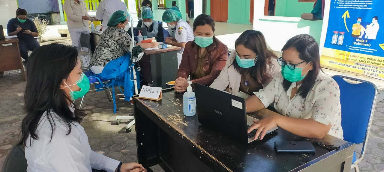 Pemerintah Kabupaten Humbang Hasundutan Lanjutkan Vaksinasi Covid-19 Tahap Pertama