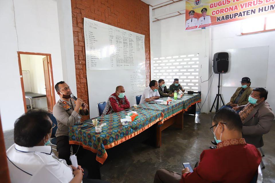 Rapat Forkopimda Bersama Tokoh Masyarakat, Tokoh Agama Dalam Percepatan Penanganan Virus Corona Disease (COVID-19) Di Kabupaten Humbang Hasundutan